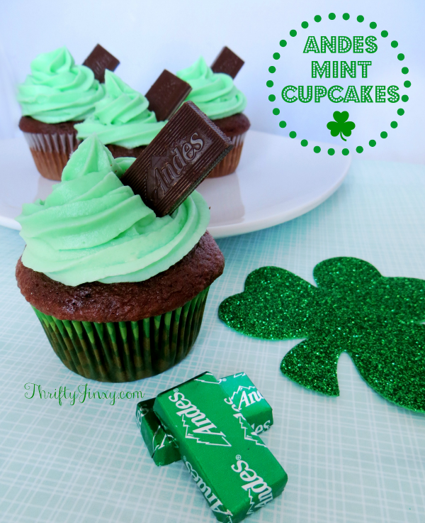 37 St. Patrick's Day Desserts For Your Family & Friends