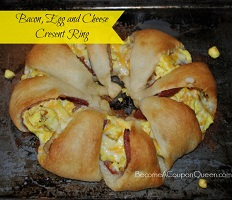 bacon-egg-cheese-crescent-ring