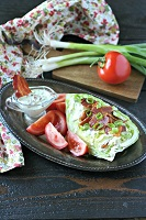 blt-salad-with-creamy-bacon-dressing