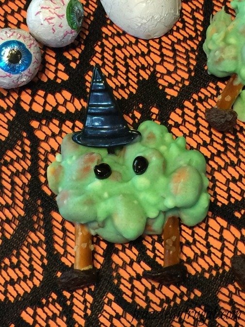 peanut-cluster-witch-melts-a