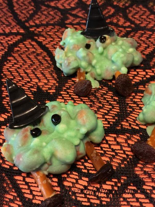 peanut-cluster-witch-melts-d