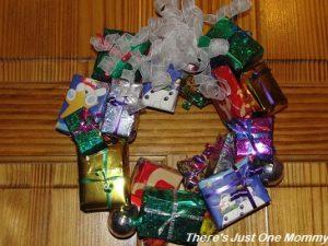 present-wreath